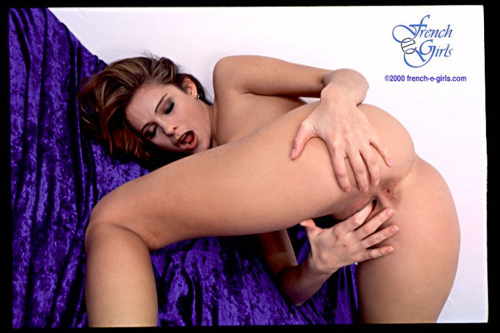 clara-morgane-masturbation-video